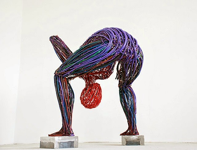Judit Rabóczky human figures constructed from reused electrical cables 6