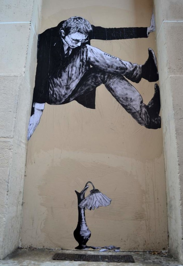 the urban theater Levalet 19