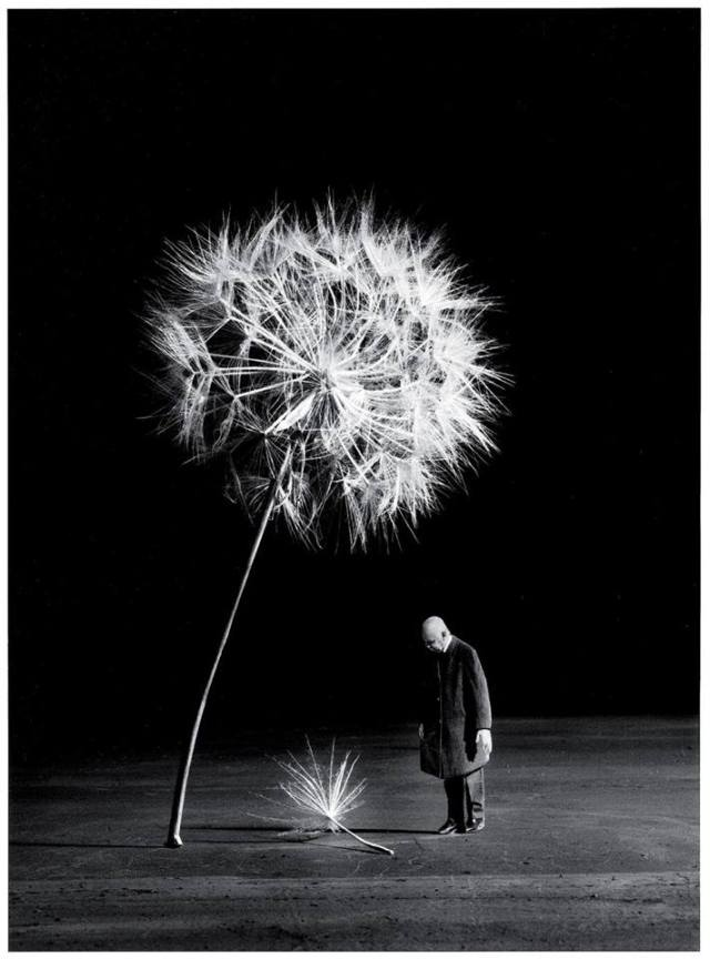 Gilbert Garcin surrealism in black and white 10