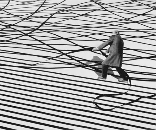 Gilbert Garcin surrealism in black and white 3