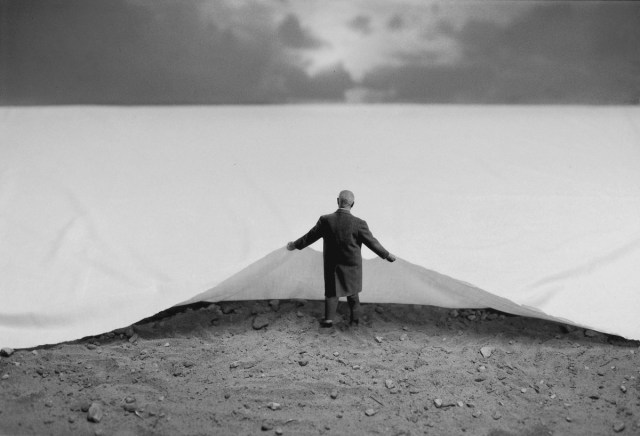 Gilbert Garcin surrealism in black and white 5