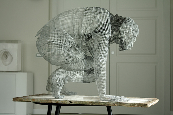 meticulous wire sculptures  edoardo tresoldi 3