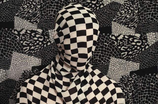 what do you hide Patterned portraits Romina Ressia 7