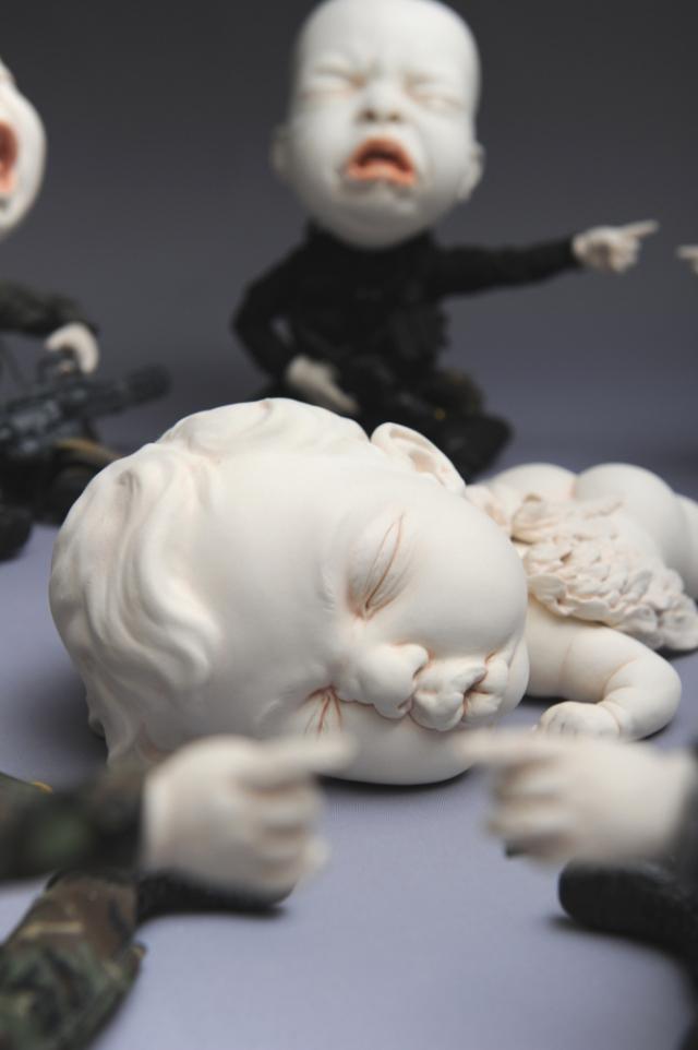 Creepy Ceramic Sculptures Johnson Tsang 12