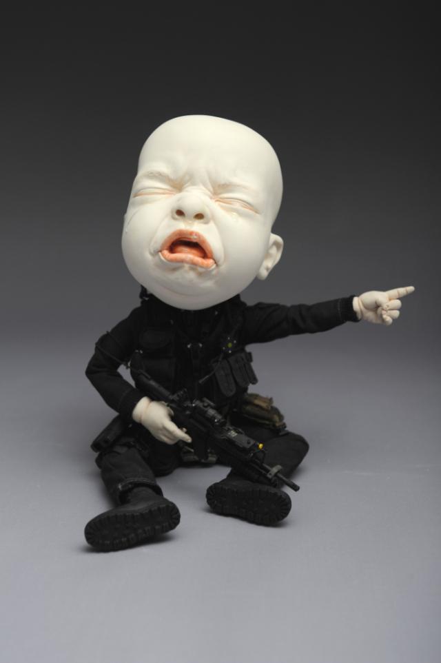 Creepy Ceramic Sculptures Johnson Tsang 3
