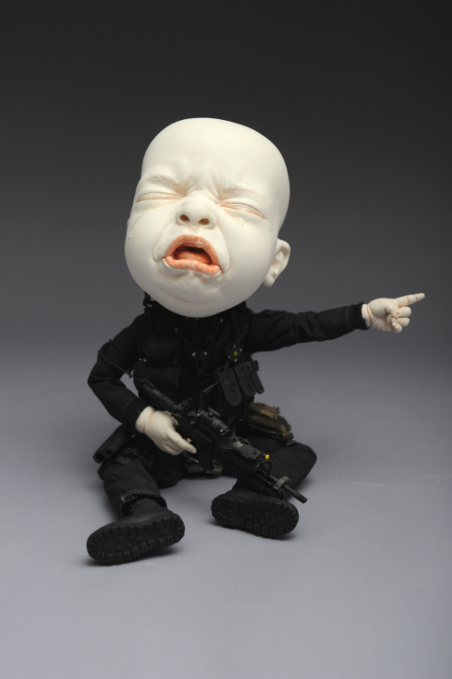 Creepy Ceramic Sculptures Johnson Tsang 3