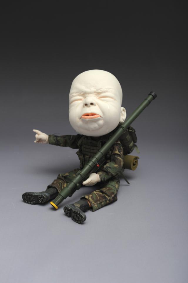 Creepy Ceramic Sculptures Johnson Tsang 5