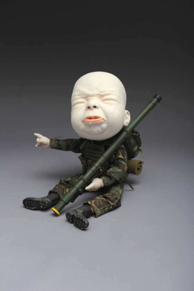 Creepy Ceramic Sculptures Johnson Tsang 5