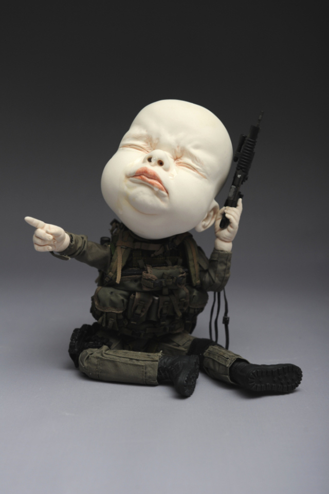 Creepy Ceramic Sculptures Johnson Tsang 6