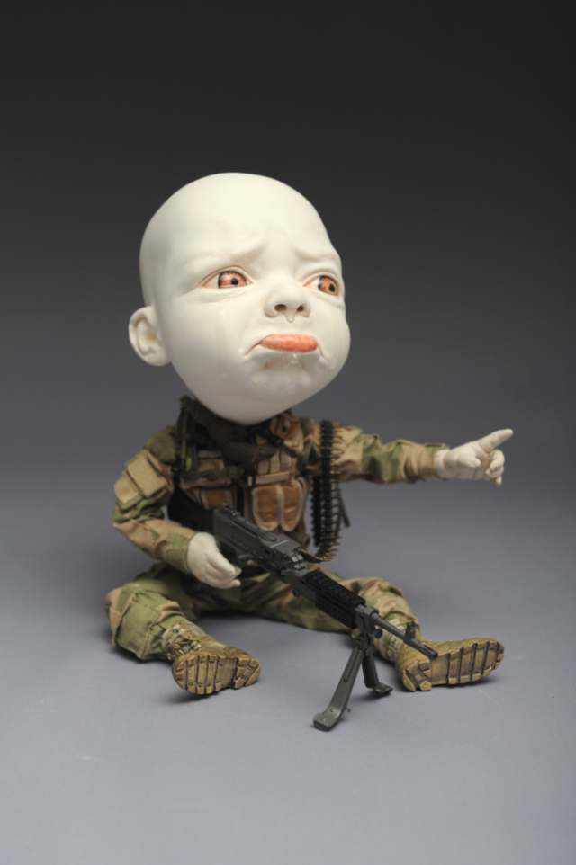 Creepy Ceramic Sculptures Johnson Tsang