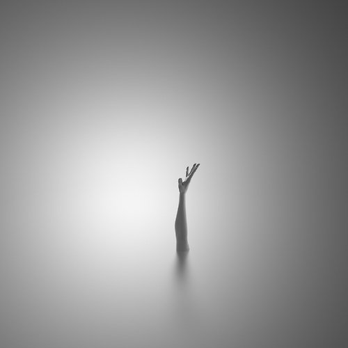 Ioannis Nikiforakis minimalism black and white 2