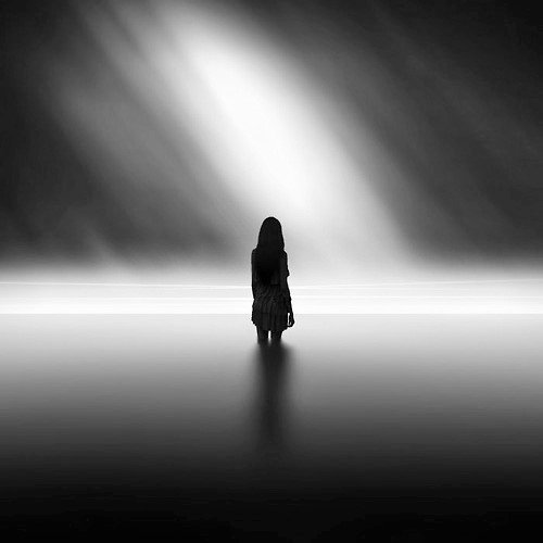 Ioannis Nikiforakis minimalism black and white 3