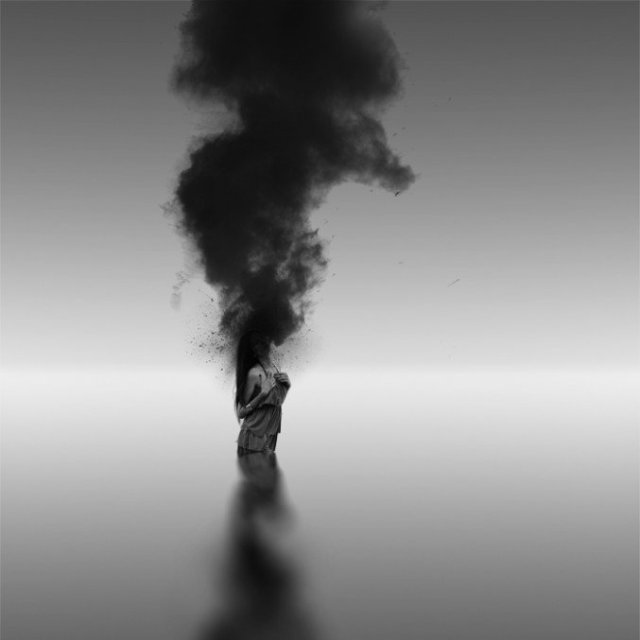 Ioannis Nikiforakis minimalism black and white 8