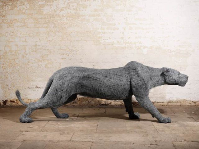 Galvanized wire sculptures  Kendra Haste 4