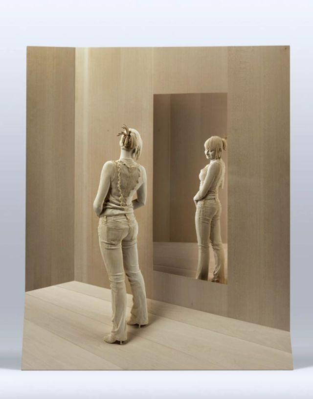 realistic wooden sculptures Peter Demetz 11