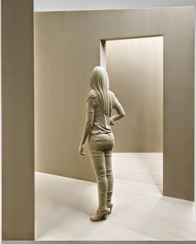 realistic wooden sculptures Peter Demetz 14