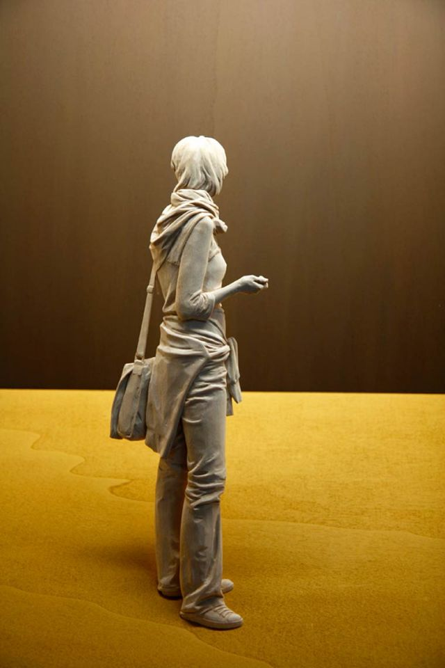 realistic wooden sculptures Peter Demetz 2