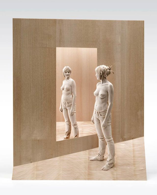realistic wooden sculptures Peter Demetz 7