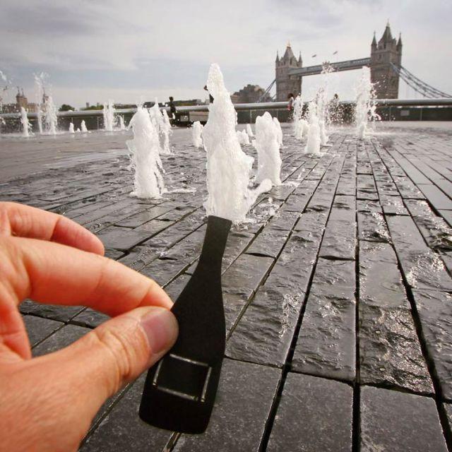 Paperboyo playing iconic landmark cutout 6
